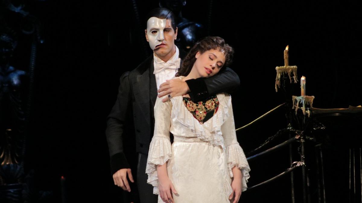 """Após 13 anos, """"O Fantasma da Ópera"""" reestreia hoje (01) no Teatro Renault - saiba tudo o que aconteceu na coletiva de imprensa"""