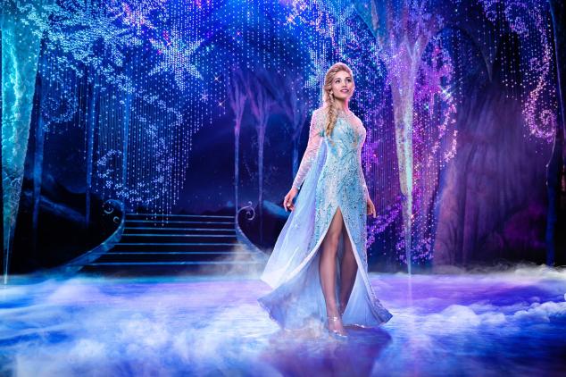 """Ciara Renée é Elsa em """"Frozen"""""""